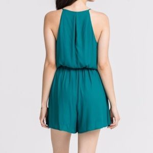 Francesca's Collections Pants - Lush Keyhole Romper